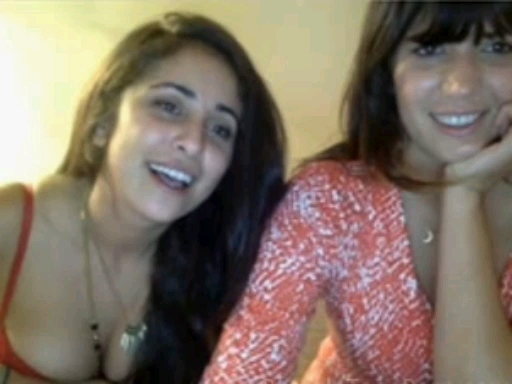 Two girls from Spain flashing on Chatroulette
